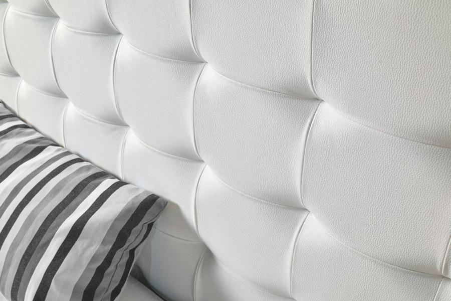 Cabecero tapizado Atenas blanco capitoné